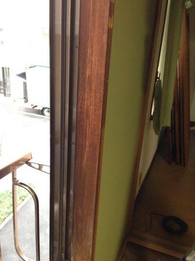 窓枠②、アク洗い前